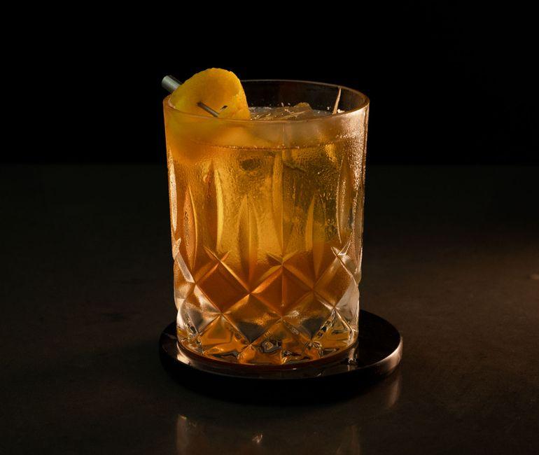 Erin cocktail photo