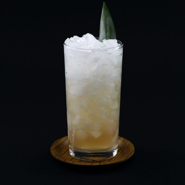 Pineapple Fizz cocktail photo