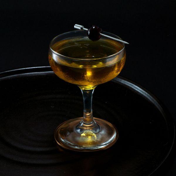 Widow's Kiss cocktail photo